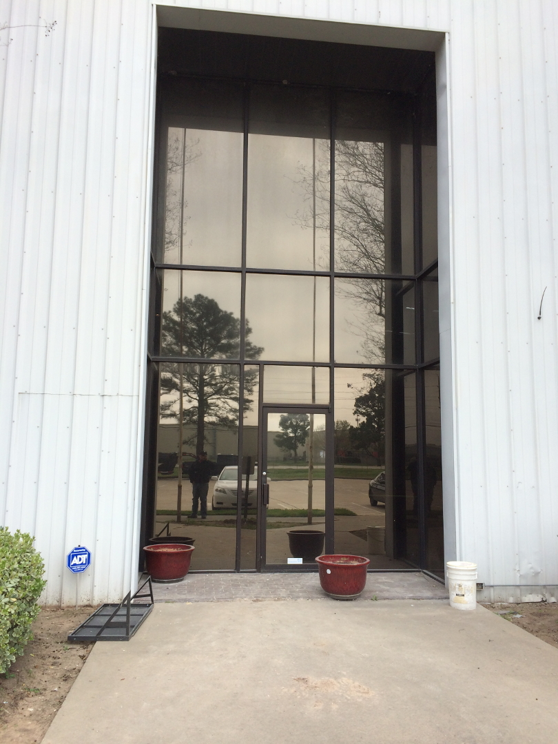 M.I. Glass Inc., Houston